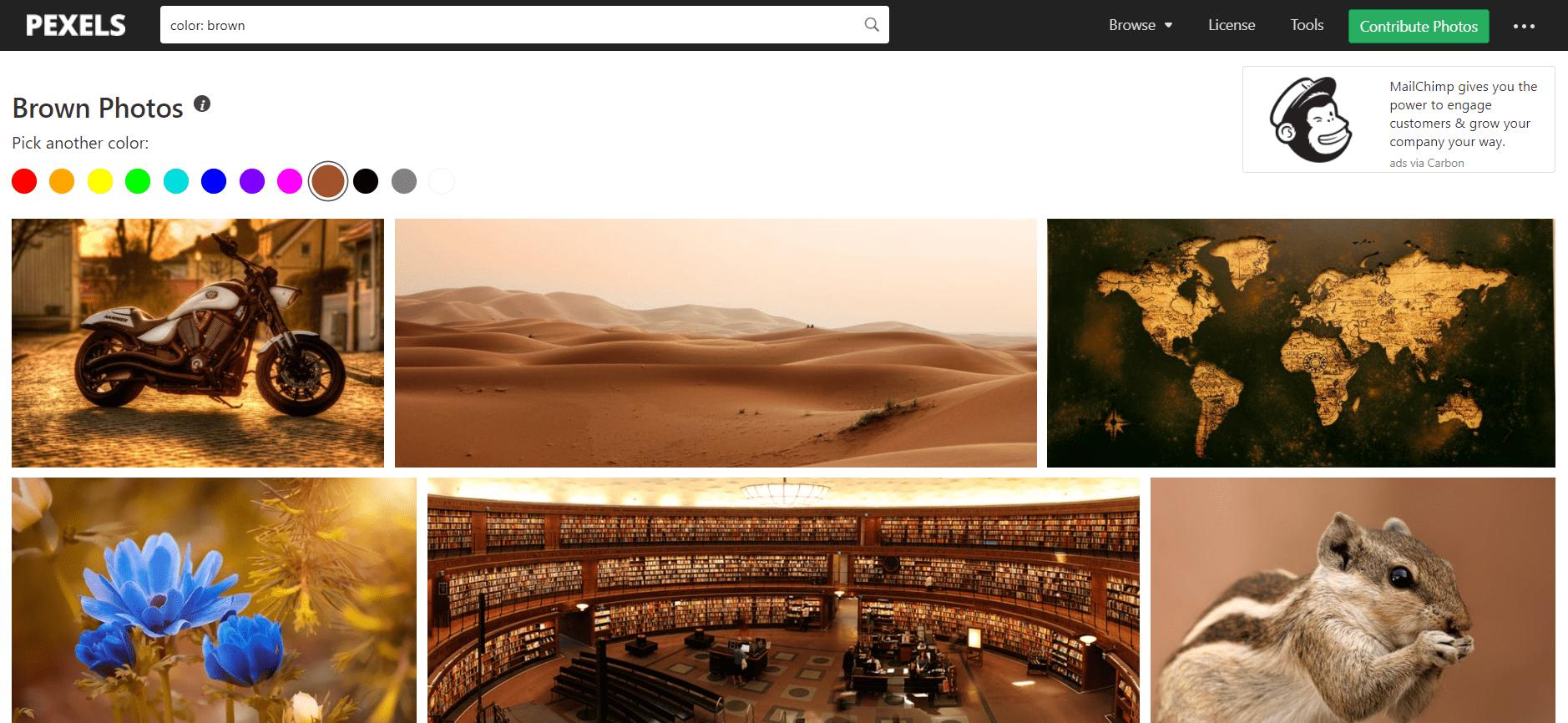 Bancos de imágenes con filtrado por color